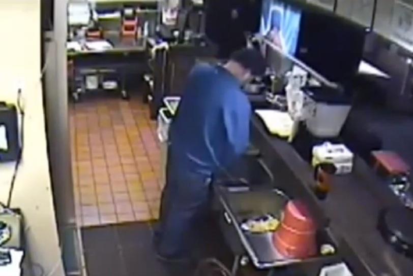 Il ristoratore che fa la pip nella cucina del fast food - Lavandino cucina ristorante ...