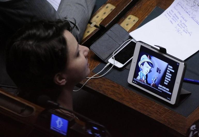 Roma - Matteo Renzi in aula alla Camera dei deputati