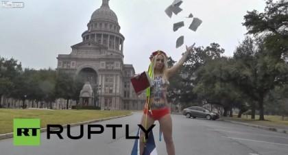 Femen Bibbia Texas