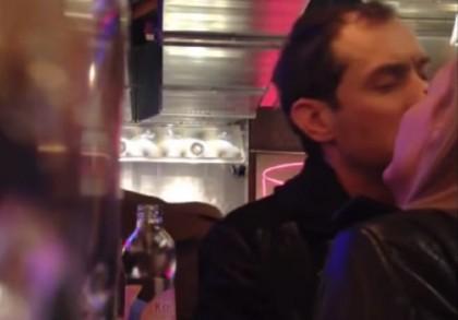 Jude Law ubriaco Linda Zimány 2
