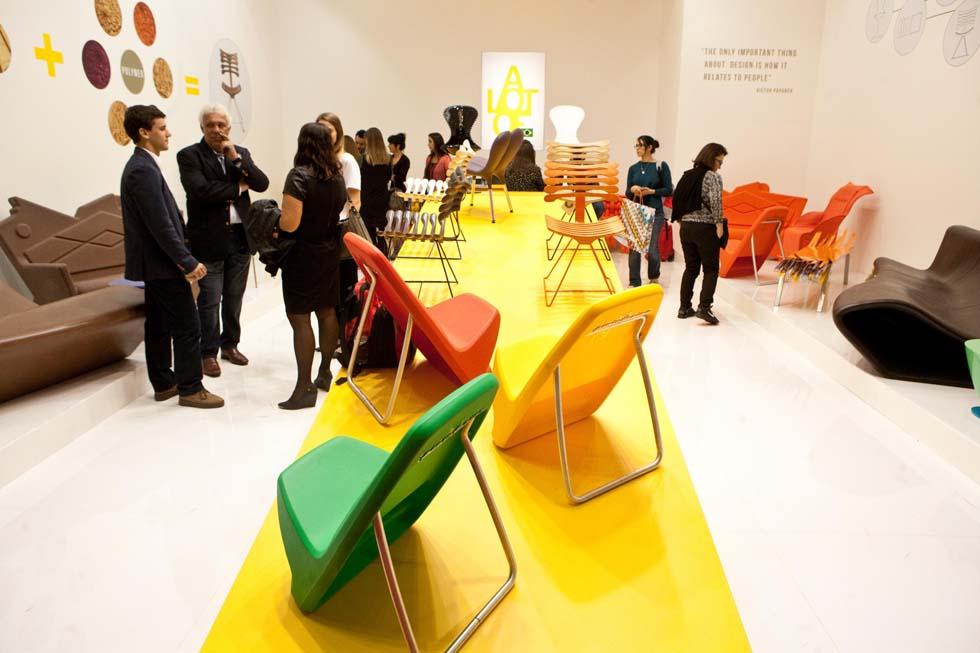 Le prime foto dal salone del mobile di milano giornalettismo for Salone di mobile milano