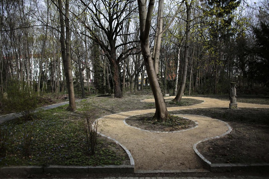 cimitero lesbiche 2