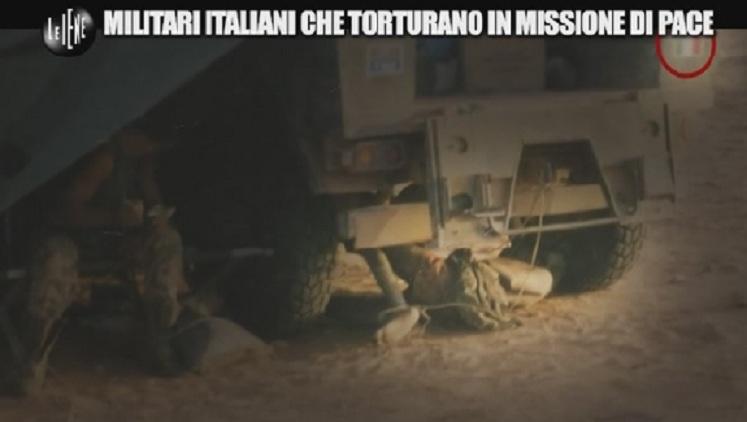 iene militari italiani che torturano 7