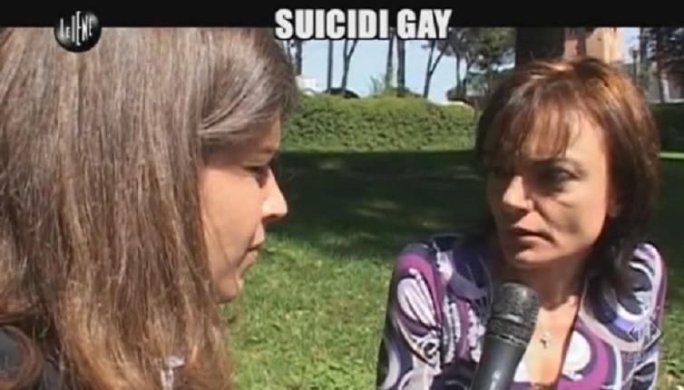 iene suicidi gay 4