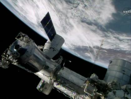 rifornimenti-ISS-dragon
