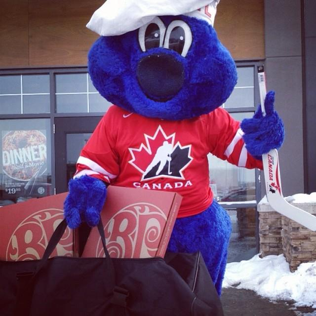 La mascotte di Boston Pizza