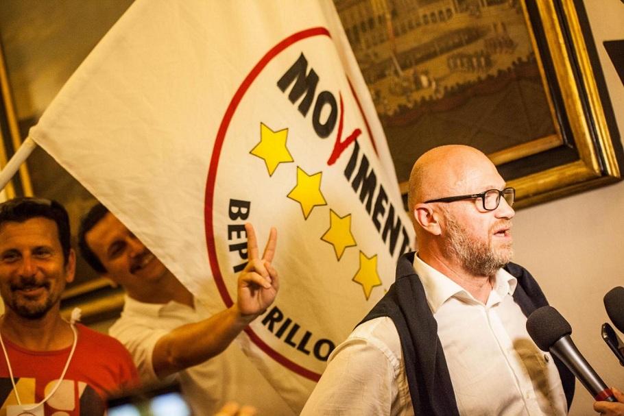 Filippo Nogarin di M5s conquista la rossa Livorno e diventa sindaco