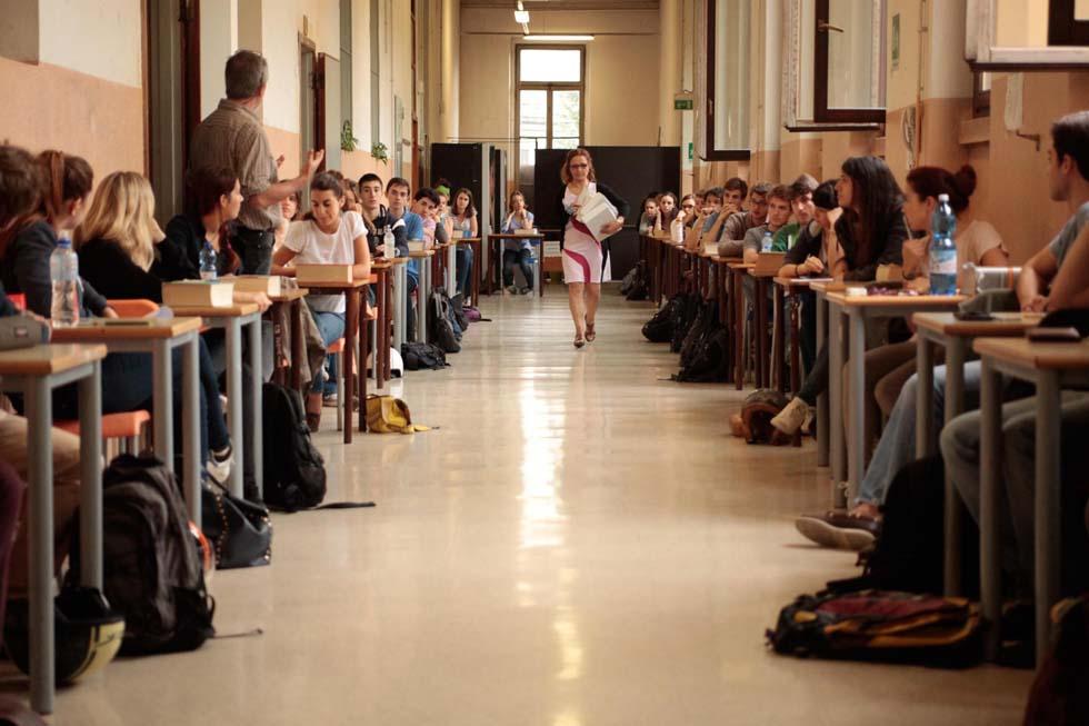 Le tracce e i temi della maturit 2014 da quasimodo a for Liceo di moda milano