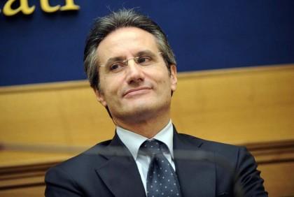 Il governatore della Campania, Stefano Caldoro (Foto: Fabio Cimaglia/LaPresse)