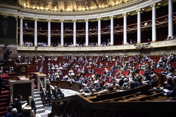 Assemblea nazionale francese, eletta con collegi uninominali maggioritari a doppio turno (Photocredit: MARTIN BUREAU/AFP/Getty Images))