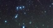 5. SCOPRI QUANTE METEORE SONO PREVISTE IN UN'ORA - Si tratta di un'indicazione utile per capire l'intensità dello sciame meteorico e per riuscire a stimare quante stelle cadenti sarà possibile osservare nel cielo. Questo valore è espresso con l'acronimo ZHR e, per il 2014, lo ZHR delle Perseidi è stimato intorno a 50, ovvero 50 meteore all'ora. (Foto: AP Photo/The Fayetteville Observer, Johnny Horne)