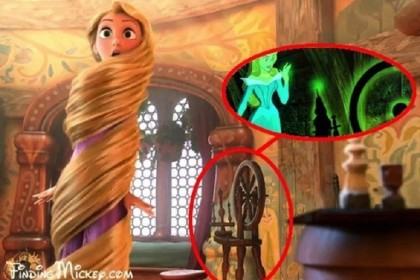 """2. L'arcolaio con cui si punge il dito la principessa Aurora ne """"La Bella Addormentata nel Bosco"""" si ritrova anche nella camera di Rapunzel (Foto: Walt Disney Studios / Via findingmickey.squarespace.com via BuzzFeed)"""
