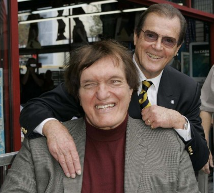 Richard Kiel con Roger Moore nel 2007 (Foto: AP Photo/Mark J. Terrill)