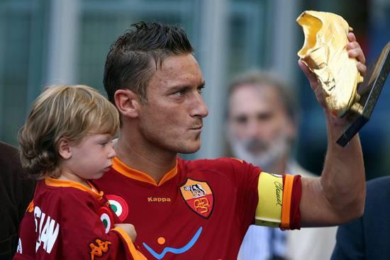 Auguri Francesco Totti: il capitano compie 38 anni | Foto 13 di 16 ...