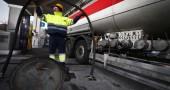 Sciopero dei benzinai, code ai distributori