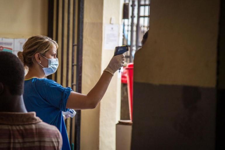 Ebola, gli esperti rassicurano: «In Italia niente rischi»