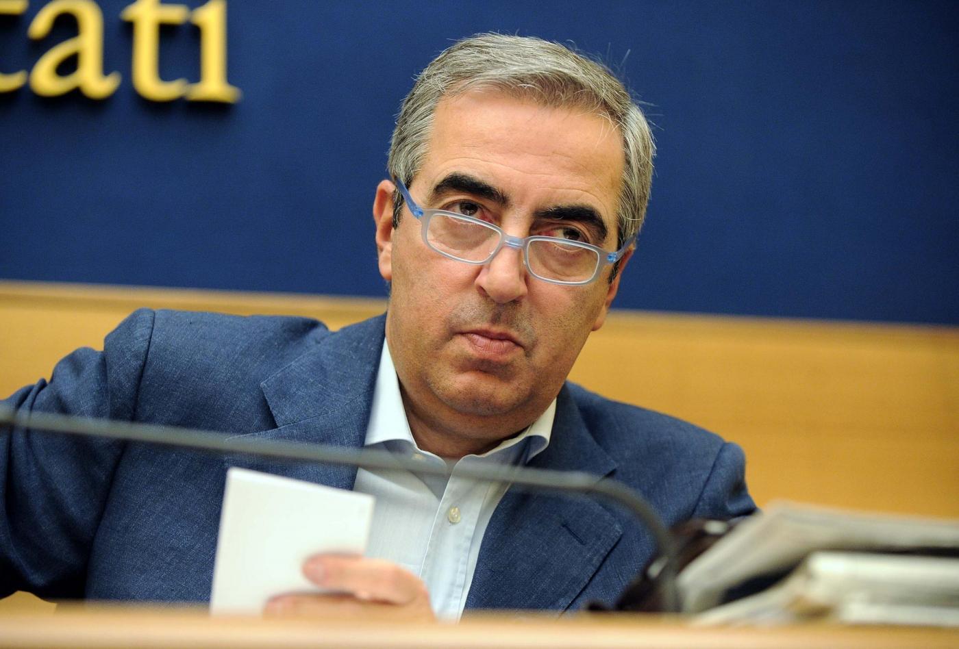 Gasparri furioso con della valle l ho gi querelato mi for Elenco politici italiani