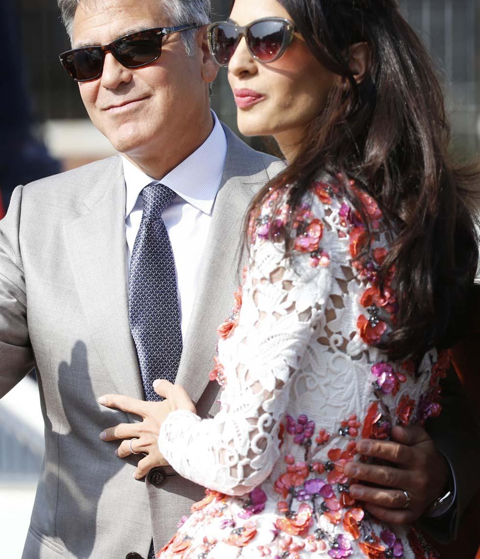 Le 6 cose da sapere sull'abito nuziale di Amal Alamuddin Clooney ...