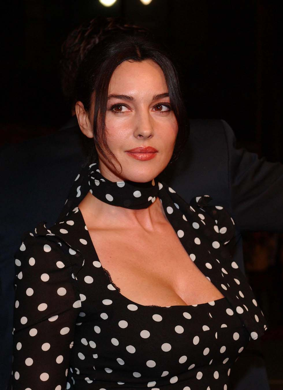 Monica Bellucci in Malèna 2000  XVIDEOSCOM