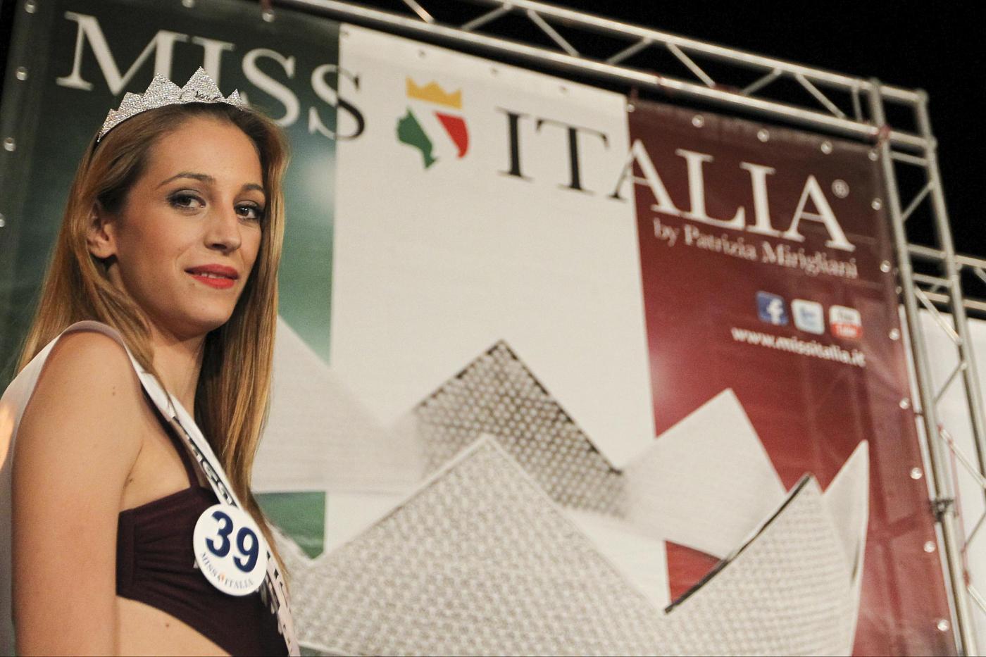 Rosaria Aprea vince le pre selezioni di Miss Italia