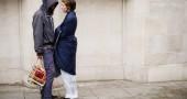 9. Diversi scienziati hanno elaborato teorie sull'evoluzione dell'adulterio negli esseri umani. C'è chi sostiene che durante la preistoria i maschi donnaioli si siano riprodotti a dismisura, mentre le donne infedeli avrebbero ottenuto ricchezze dai loro partner (LEON NEAL/AFP/GettyImages)