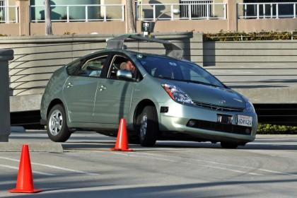 Il futuro dell'auto è senza pilota