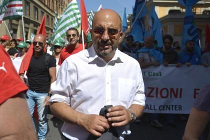 Sciopero nazionale e manifestazione dei lavoratori dei call center