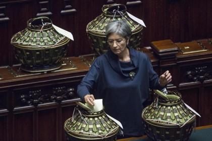 """Anna Finocchiaro 5% - È l'alternativa più credibile alla Pinotti in caso di candidatura """"rosa"""". Dice di avere un buon rapporto con Renzi e con la Boschi. Ma non è proprio l'immagine del """"rinnovamento"""" renziano. Pro: è donna Contro: è d'alemiana"""
