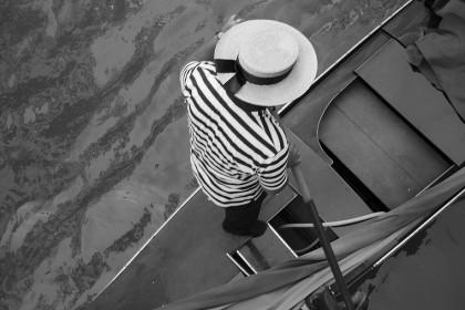 """6. NON FARE UNA FOTO SOLA – Se hai un po' di tempo a disposizione e un soggetto """"fermo"""" – o che comunque si presta a farsi fotografare – scatta tante foto. Poi, riguardandole con calma, selezionerai quella migliore. (Foto: Marco Secchi/Getty Images News)"""