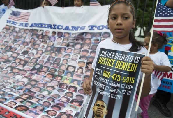 Una bambina di un immigrato irregolare espulso.  SAUL LOEB/AFP/Getty Images