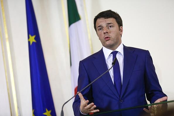Matteo Renzi, la Corte dei Conti non ferma il giudizio per danno erariale