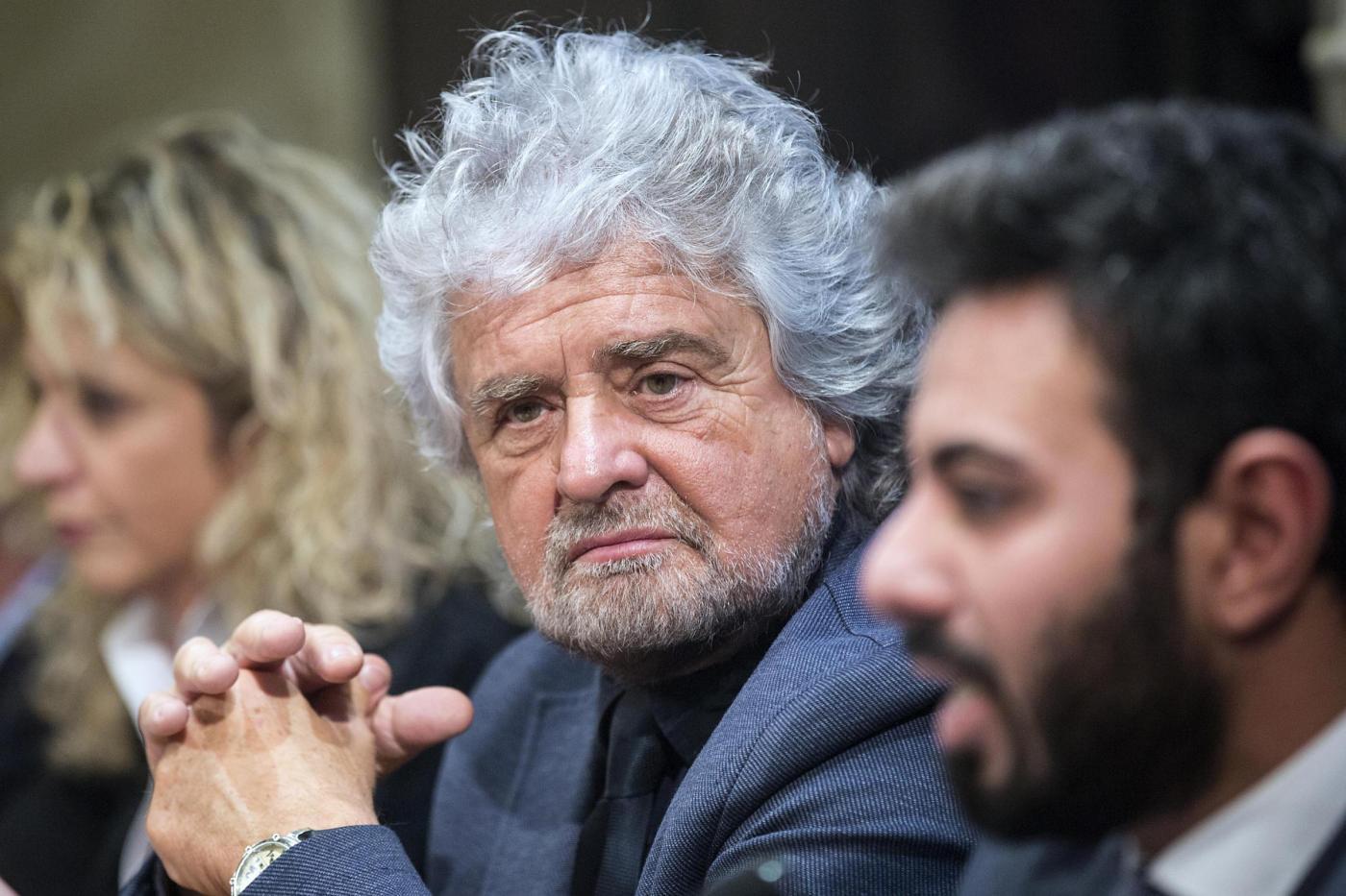 Il «contro-discorso di fine anno» di Beppe Grillo