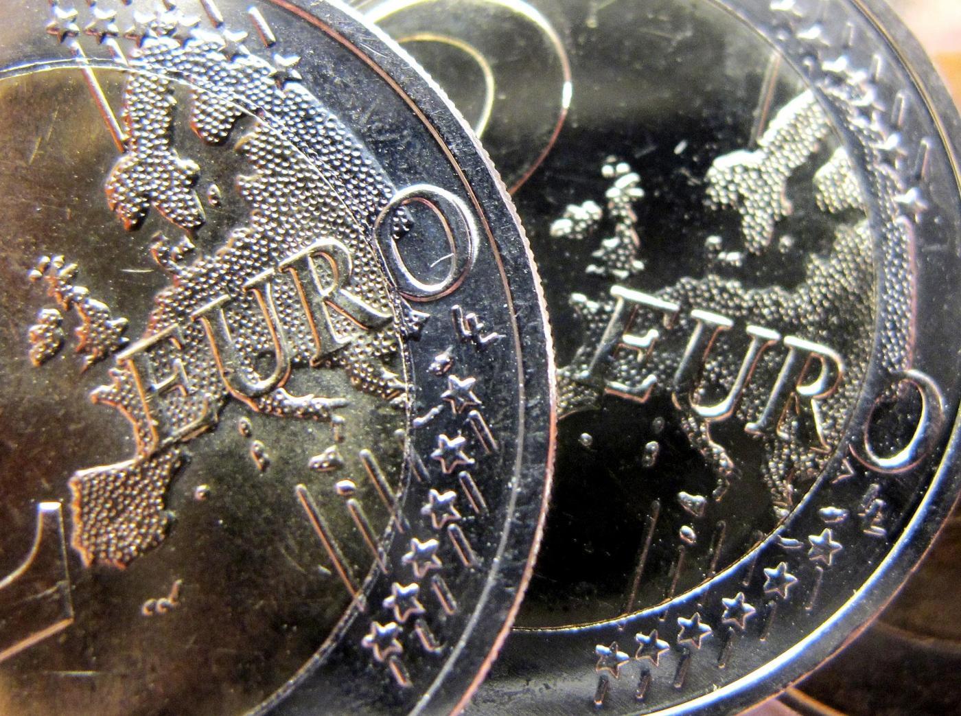 euro falsi made in china sequestrate monete da 1. Black Bedroom Furniture Sets. Home Design Ideas