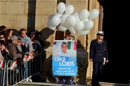 Loris, i funerali a Santa Croce Camerina. Assente la madre Veronica