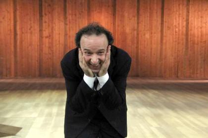 Roberto Benigni presenta il suo spettacolo I Dieci Comandamenti