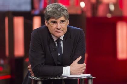 Paolo Del Debbio conduce Quinta Colonna - Ore 21.00, Rete 4 (Foto: Roberto Monaldo/LaPresse)