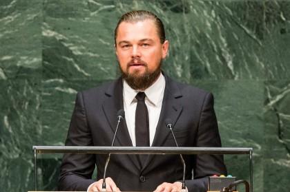 Leonardo Di Caprio durante un discorso alle Nazioni Unite (Foto:  Andrew Burton Getty Images News)