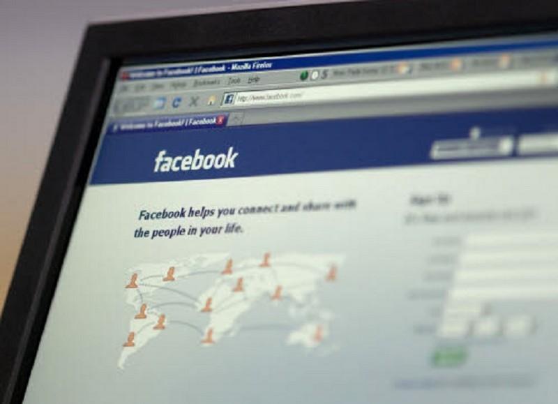 I 20 tipi di status su Facebook che anche tu segretamente odi
