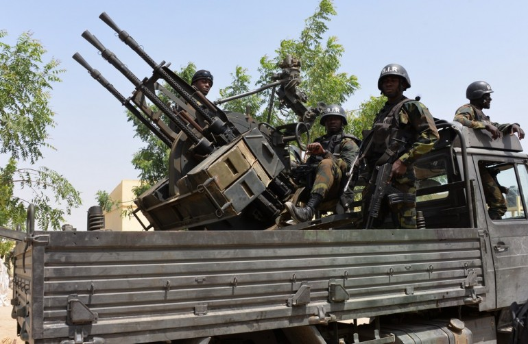 Truppe del Camerun impegnate contro i Boko Haram (Photo credit  Reinnier KAZE/AFP/Getty Images)