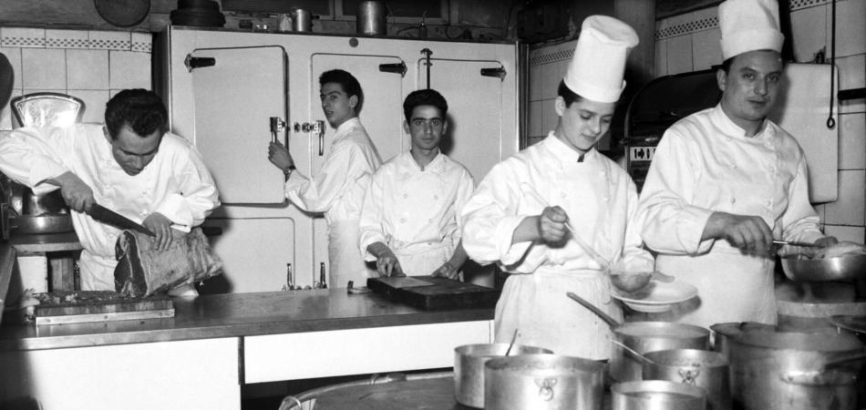 La Francia scopre la violenza degli chef nei ristoranti