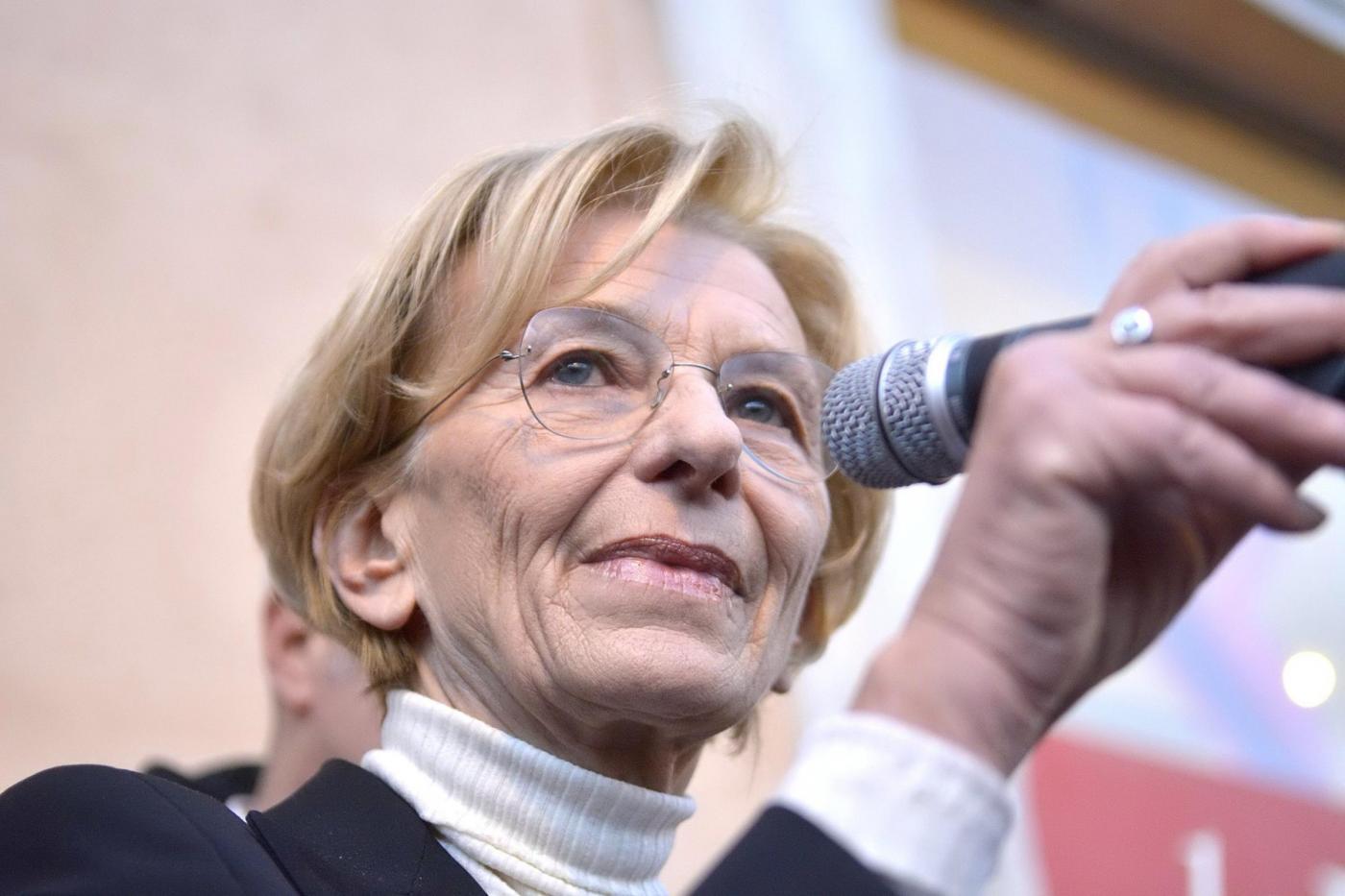 Comizio di Emma Bonino e Marco Pannella, Largo di Torre Argentina