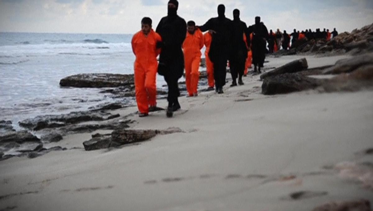 Libia:diffuso video che mostrerebbe la decapitazione di egiziani cristiani