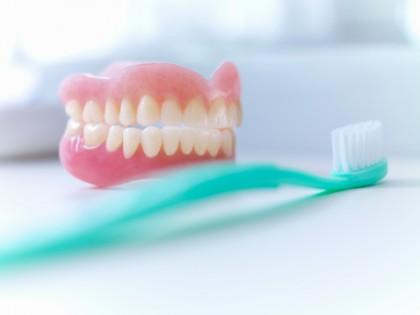 lavare denti errori - spazzolino