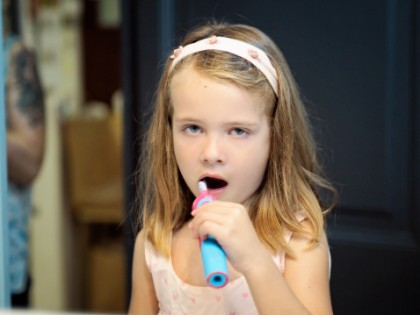 Meglio lo spazzolino elettrico?  Foto di Xose Casal Photography GettyImages