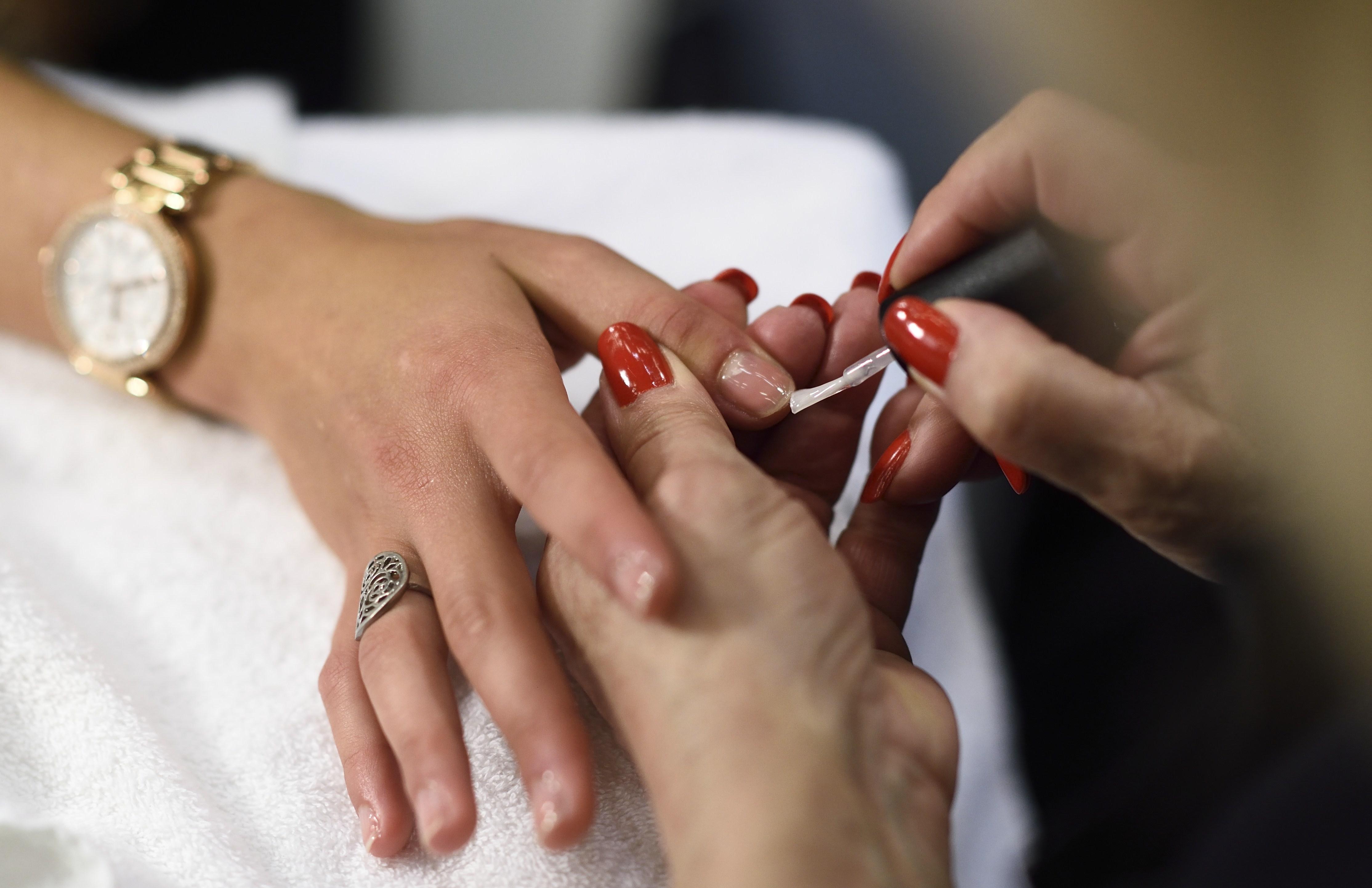 Manicure, i 12 errori assolutamente da evitare