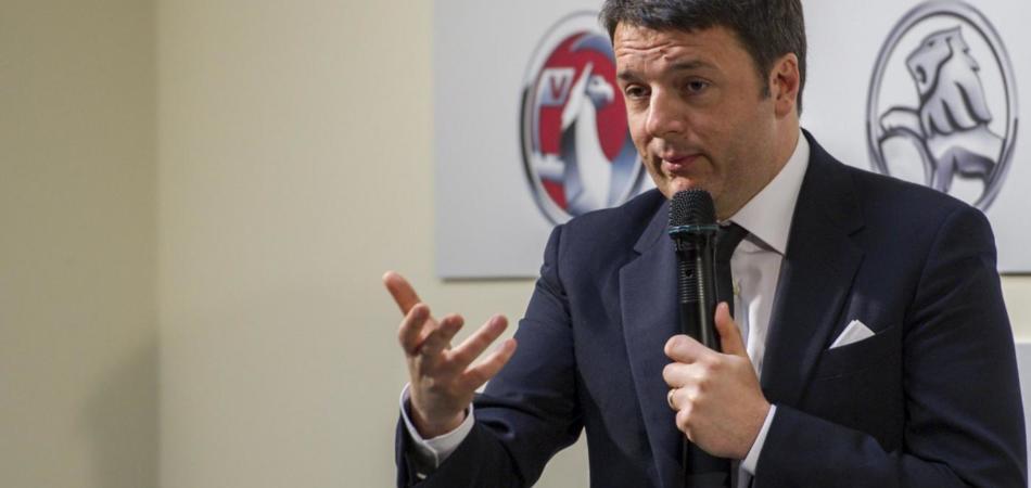 Renzi a Torino: «Dico no ad un'Italia pigra e rassegnata »