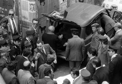 Il ritrovamento del cadavere di Aldo Moro - Foto: LaPresse/Archivio Storico