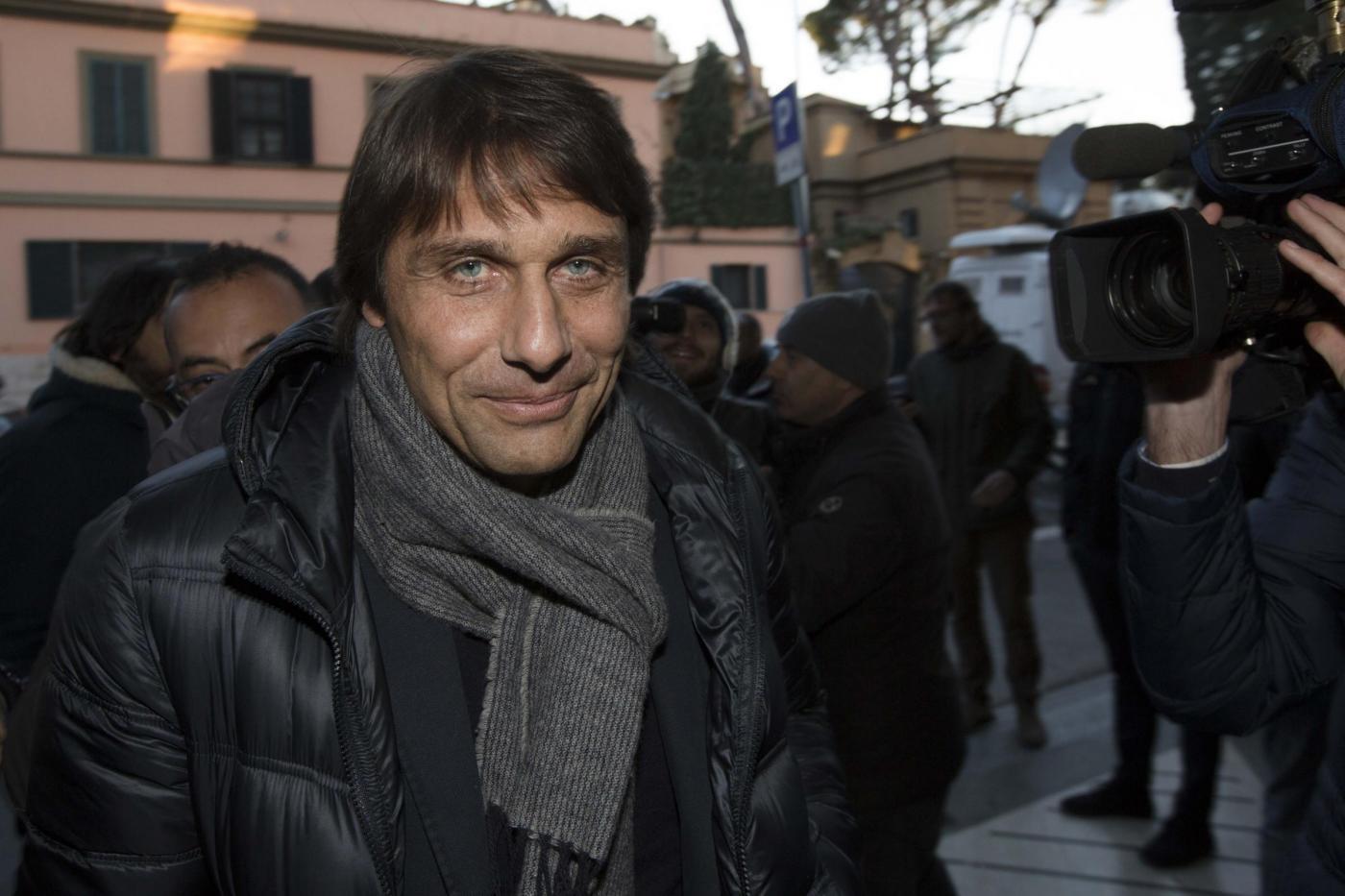 Antonio Conte conquista la Panchina d'Oro. E punzecchia Allegri