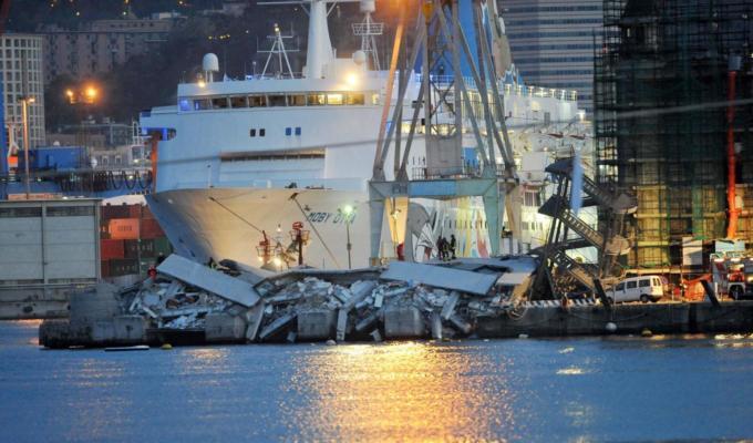 Genova, chiuse le indagini sull'incidente alla Torre Piloti del porto: sei indagati