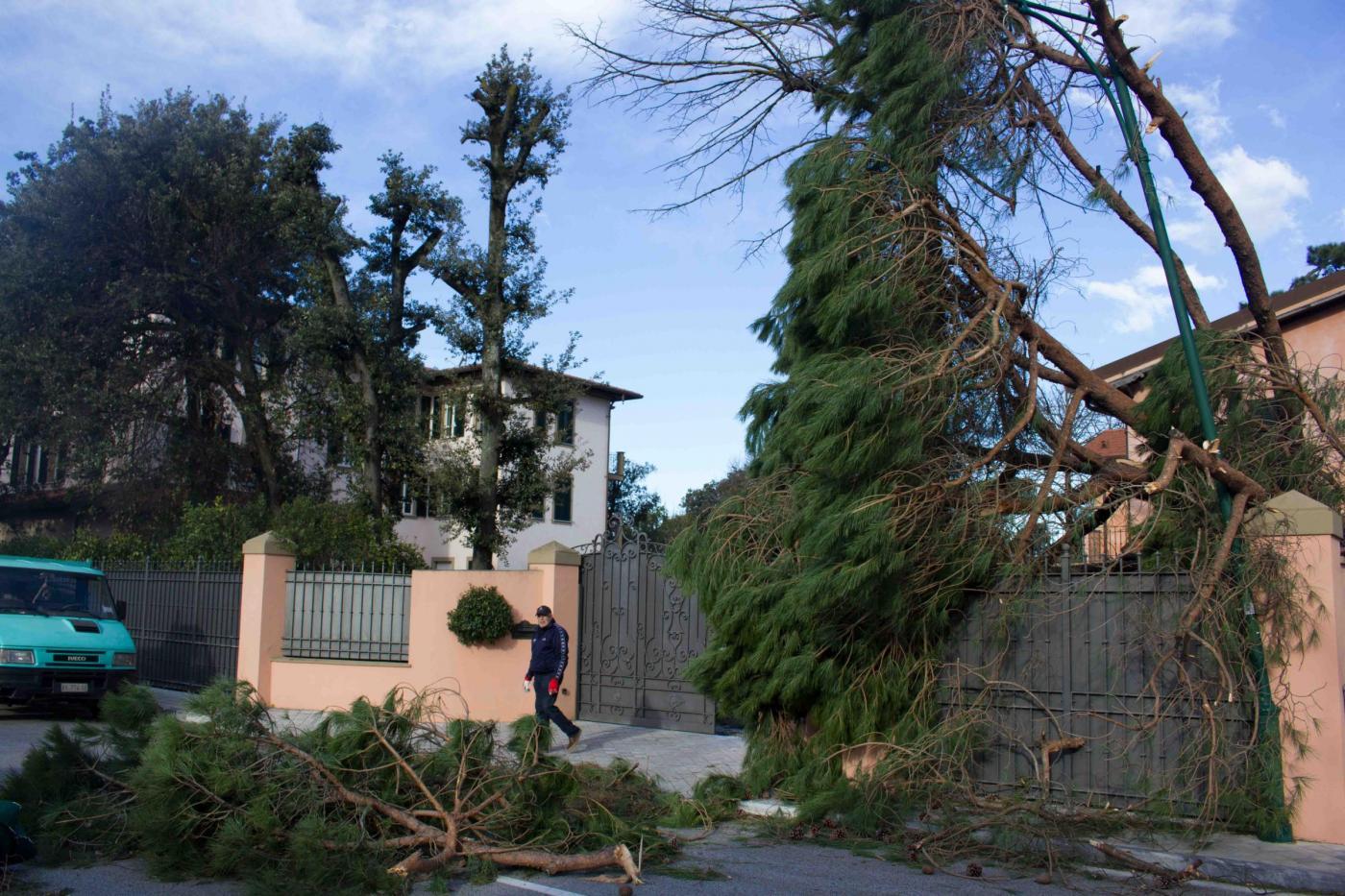 Forte dei Marmi, Villa di Andrea Bocelli danneggiata dal maltempo